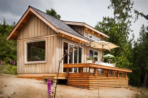 Tiny Home Designs by Weekend The Gambier Island Tiny Getaway Cabin Small