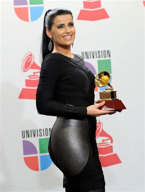 nelly furtado pictures 2010 billboard latin music awards 25 best ideas about nelly furtado on pinterest nelly