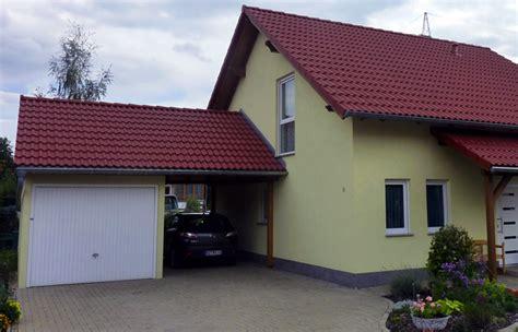 Haus Mit Carport Und Garage by Zimmerei Holzbau Sebastian Hoffmann Dresden Gt Mit