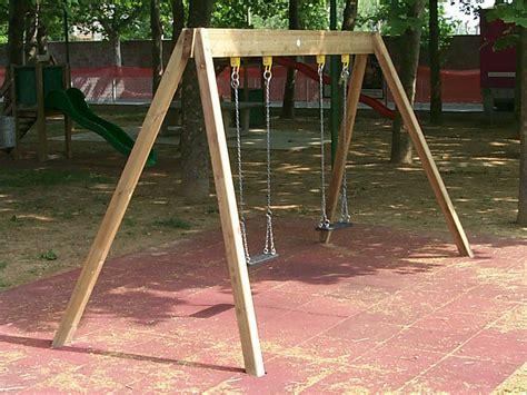 altalena bimbo da giardino altalena in acciaio inox e legno doppia by legnolandia