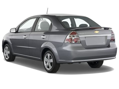 review chevrolet aveo 2009 chevrolet aveo reviews and rating motor trend
