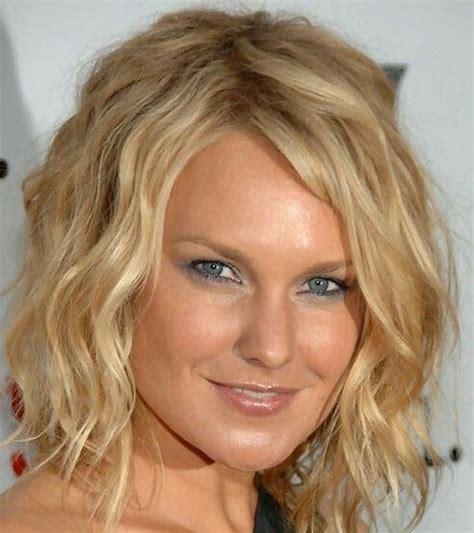 short beach wave hairstyles short beach waves hair skin care pinterest