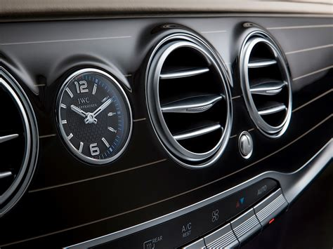 mercedes dashboard clock mercedes maybach s class is cutting maybach s losses