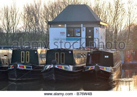 canal boat hire great haywood anglo welsh hire boats at great haywood stock photo