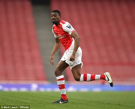 arsenal injury list abou diaby to use arsenal training facilities as he