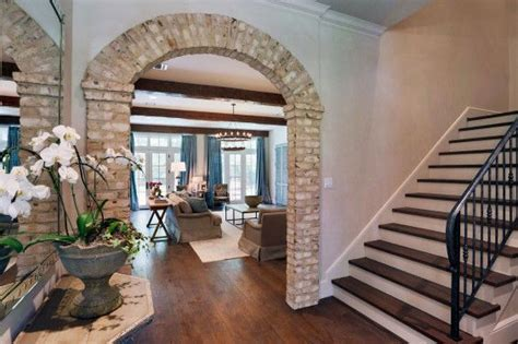 southern style brick arches frame  entry   family