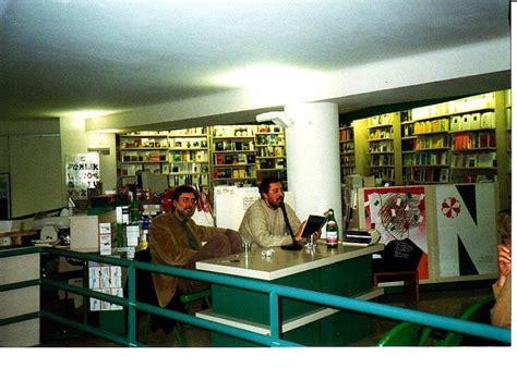 libreria feltrinelli napoli feltrinelli in via san tommaso d aquino trent anni di
