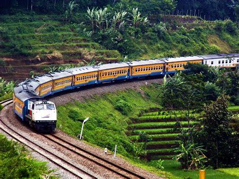 Jenis Lokomotif Kereta Api Indonesia Yang Digunakan Pt