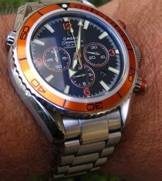 Omega Seamaster Quantum Of Solace 007 Chrono Orange omega seamaster 007 quantum solace orange