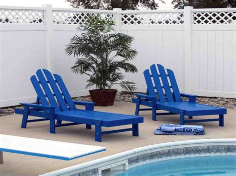 Plastic Chaise Lounge Chairs by Plastic Pool Chaise Lounge Chairs Decor Ideasdecor Ideas