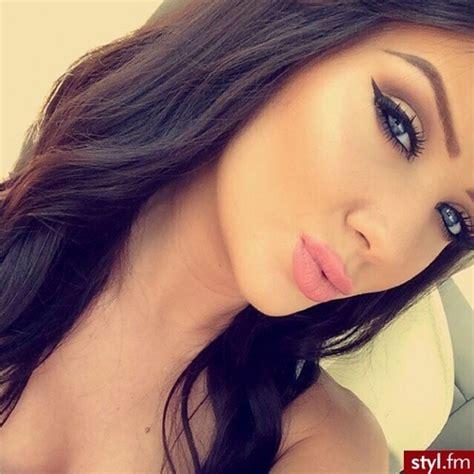mila kunis pubis great pubic hair women tumblr babe beauty blue eyes brown