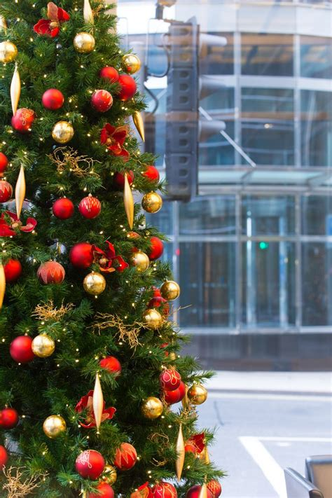 25 best christmas decorations for businesses images on