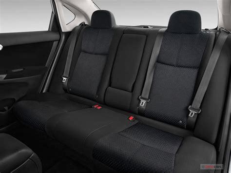 2014 nissan sentra interior backseat 2014 nissan sentra prices reviews and pictures u s