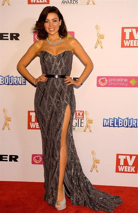 Catwalk To Carpet Danni Minogue by The Who Shimmered On The Carpet At The Logies