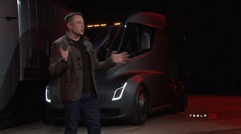 tesla semi has a 500 mile range and hits 60mph in 5 seconds