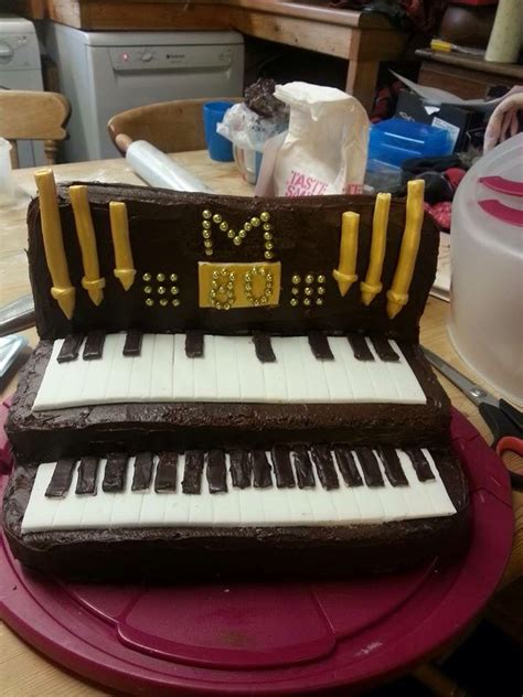 tutorial organ keyboard 17 best images about organ piano cake on pinterest