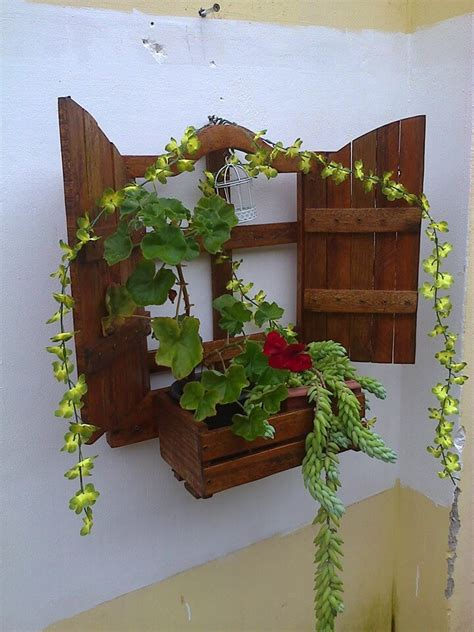 wall hanging planter diy wall hanging pallet planter 99 pallets