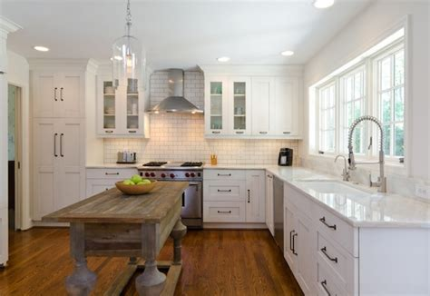 best white for kitchen cabinets cabinet lighting adds style and function to your kitchen
