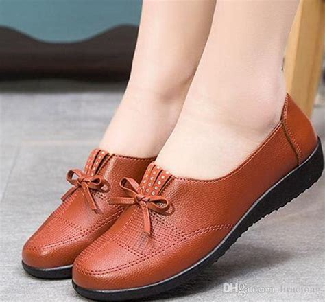 comfortable shoes for old ladies 2016 old ladies casual shoes mom comfortable soft leather