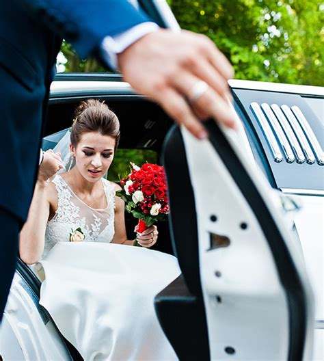 Wedding Limo Service by Wedding Limo Services Mississauga Burlington Oakville