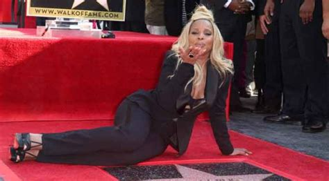 Lepaparazzi News Update J Blige Leads Grammy Nominations by Uinterview