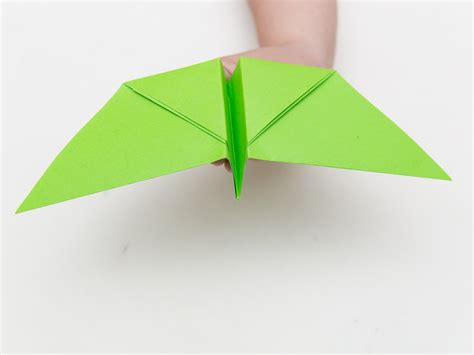 Origami Of A Bird - origami flying bird