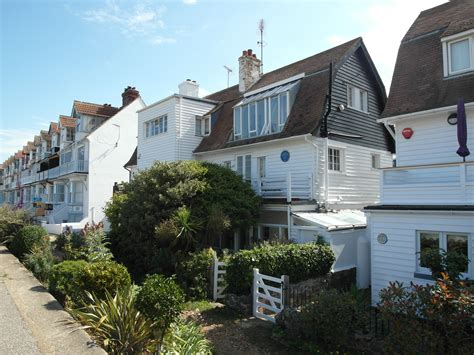 cushing house peter cushing lives in whitstable the longest journey