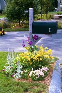 Landscape Mailbox Pictures Plant A Mailbox Garden Garden Club