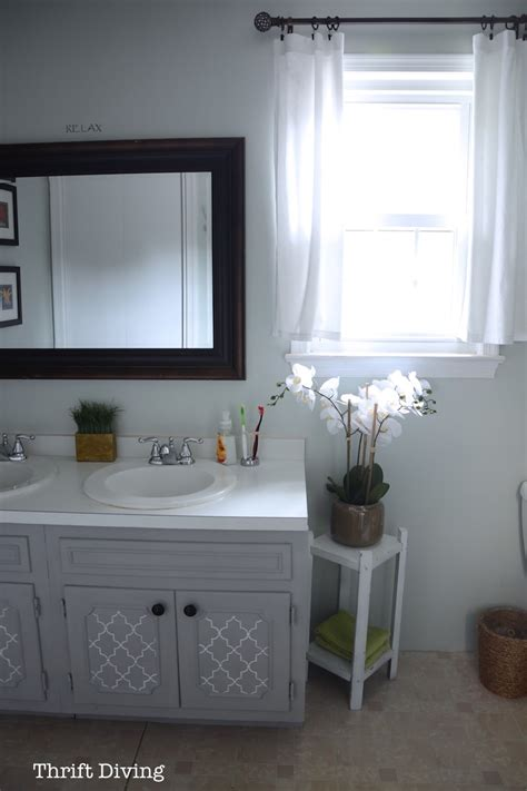 Before After My Pretty Painted Bathroom Vanity How To Paint A Bathroom