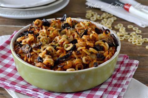 cucina tipica palermitana anelletti alla siciliana pasta al forno tipica