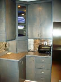 it kitchen cabinets design ideas and practical uses for corner kitchen cabinets