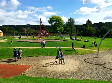local parks children s playgrounds play areas and parks in worcestershire freeparks co uk