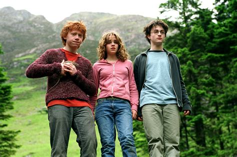 Who Would Wear My Cast Clothes by Harry Potter Do Students Wear Muggle Clothing While Not