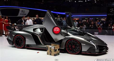 Lamborghini Veneno V12 Listen To The Lamborghini Veneno Firing Up Its 740hp V12