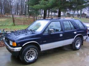 Isuzu Rodeo Pictures Isuzu Rodeo Ls Photos News Reviews Specs Car Listings