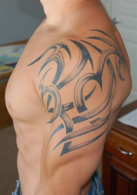 tribal tattoo on shoulder woman 27 beautiful tribal shoulder tattoos only tribal