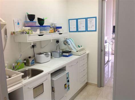 assistente alla poltrona bari studio dentistico gianni de marinis