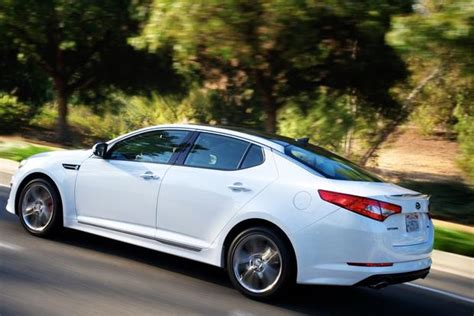2013 Kia Optima Hybrid Review by 2013 Kia Optima Hybrid Ex Real World Review Autotrader