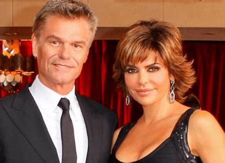lisa rinna gossip about husband lisa rinna reveals that her husband threatened to divorce