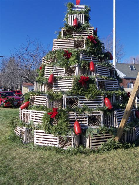 cape p maine lobster trap christmas tree all things