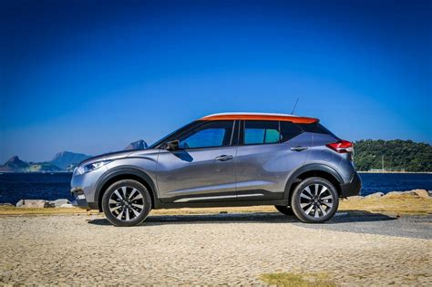 nissan kicks specification 2018 nissan kicks suv india launch price engine specs