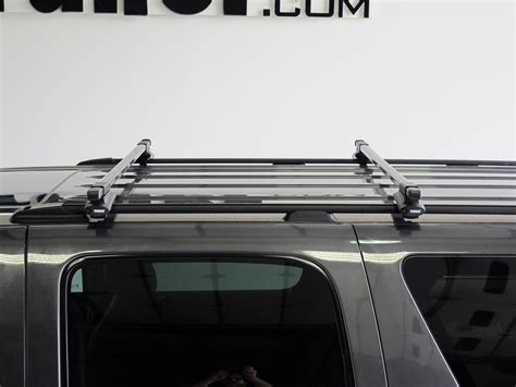 Roof Rack Suburban by Thule Roof Rack For 2010 Chevrolet Suburban Etrailer