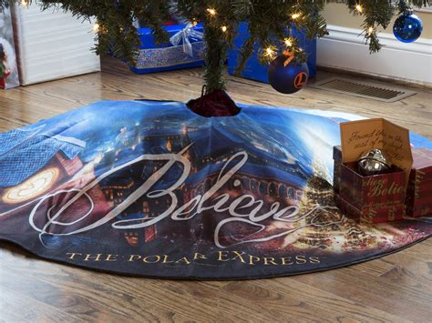 the polar express north pole tree tree skirt