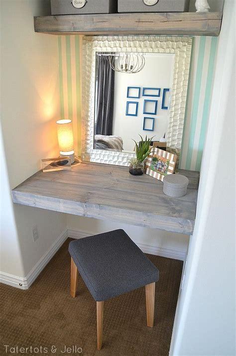 Built In Vanity Bedroom by 25 Best Ideas About Built In Vanity On