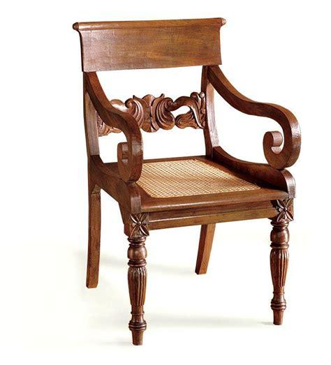 sillas estilo colonial muebles estilo colonial interiores elegantes con madera