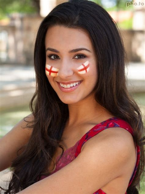 10 ways to bring patriotic touches into your home make england flag face paint online like a true football fan