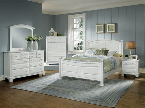 bassett white bedroom furniture hamilton franklin collection bb4 5 6 bedroom groups