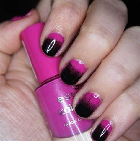easy nail art pink and black the sleepy jellyfish nail art 2 pink and black