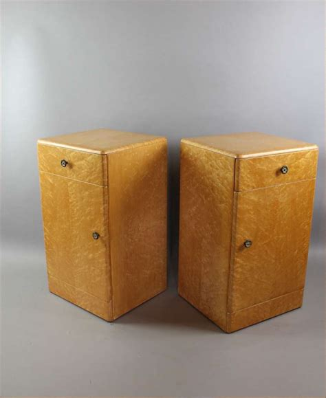 2d Eye Deco 12pair deco birds eye maple pair of bedside cabinets stock furniture