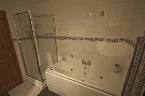 separate bath and shower bathroom the bed and breakfast malvern